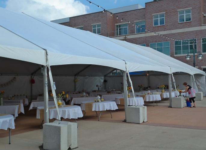 Jumbo Track Frame Tents Aaa Rents